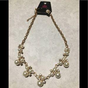 Vintage Paparazzi Pearl Necklace Set
